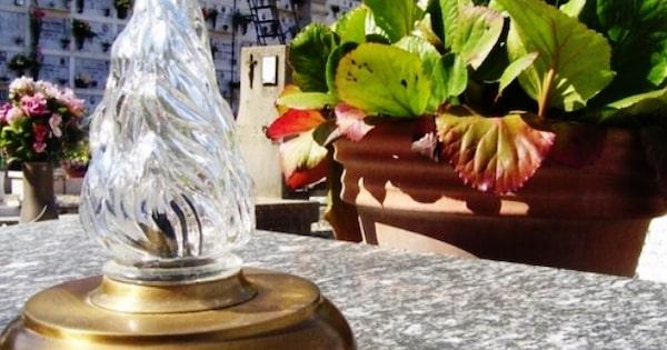 Attivazione del servizio lampade votive presso i cimiteri di Macchia Santa Cecilia e Acquaratola